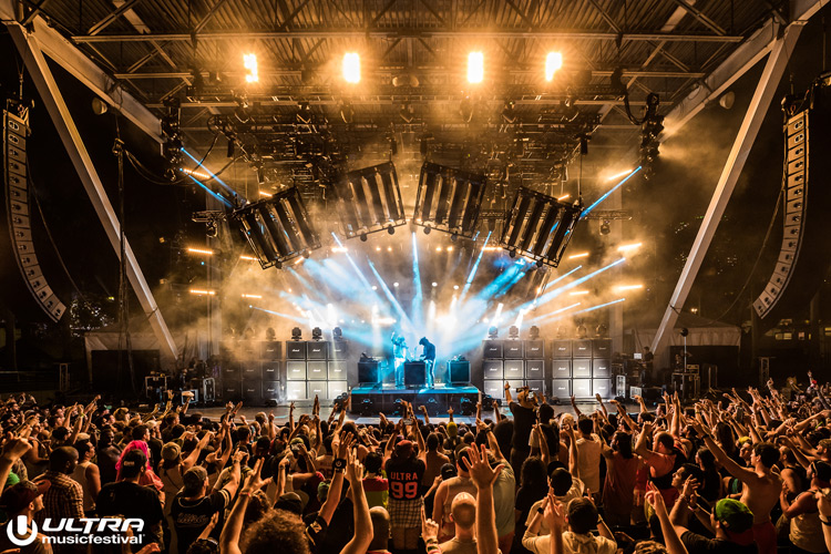 aLIVE-Coverage---Live-Stage