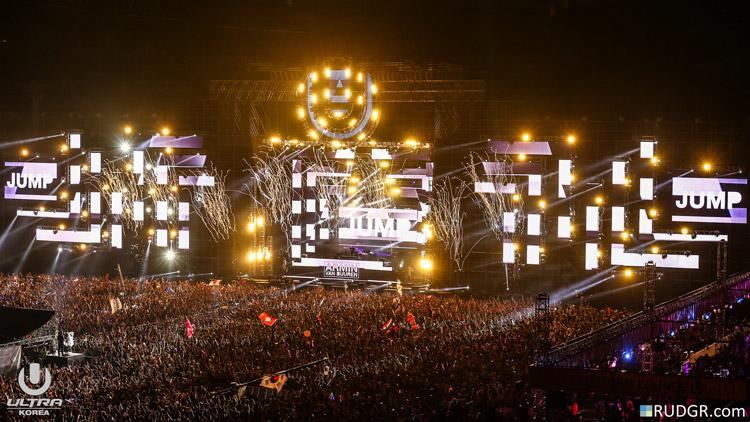 Armin-van-Buuren_20160612-Rudgrcom-UltraKorea-3008